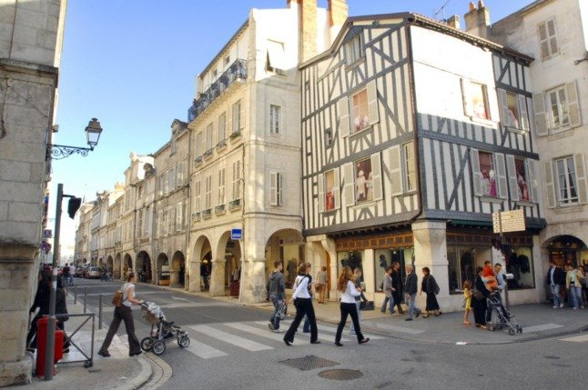 French property roundup: Tougher mortgage rules and France's favourite seaside town