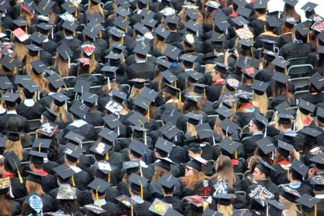 How much do university graduates earn in Switzerland – and who earns the most?