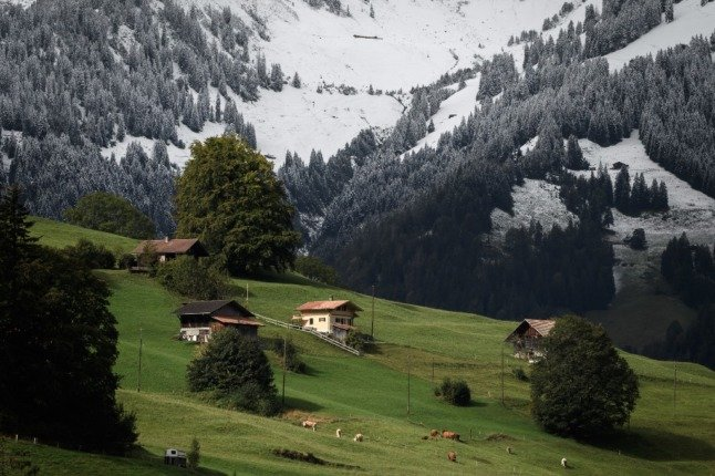 What are the rules for travel between Switzerland and France this autumn?