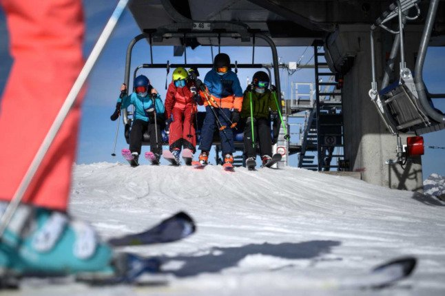 Ski slope measures have not yet been decided on in Switzerland